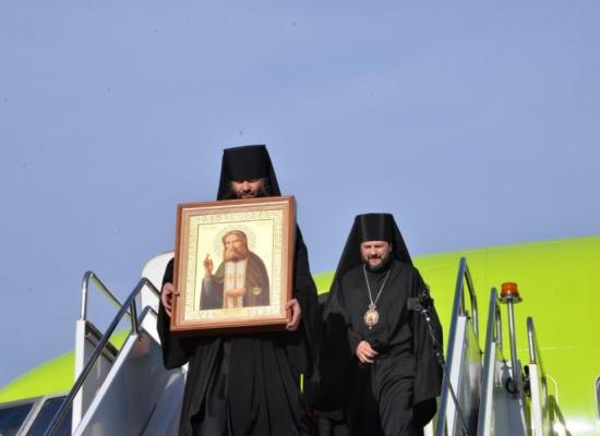 В Осетию доставили икону с частицей мощей святого преподобного Серафима Саровского