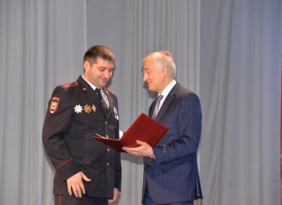Епископ Леонид поздравил сотрудников ОВД с профессиональным праздником