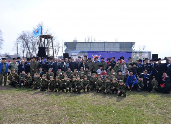 В станице Архонская состоялись традиционные казачьи игры - шермиции