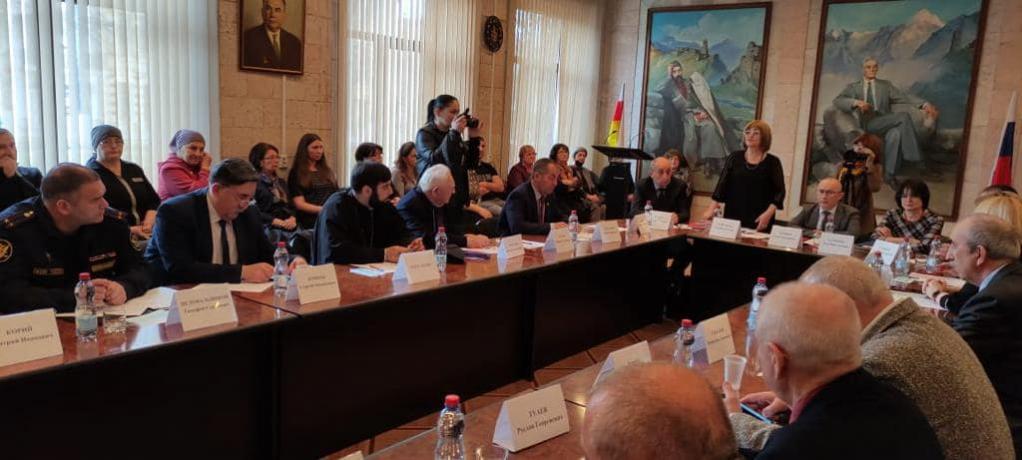 """Священнослужитель принял участие в конференции благотворительной организации """"Номаран"""""""