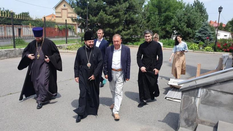 Состоялась встреча архиепископа Леонида и начальника Департамента по взаимодействию с религиозными организациями Управления Президента РФ по внутренней политике Евгения Еремина