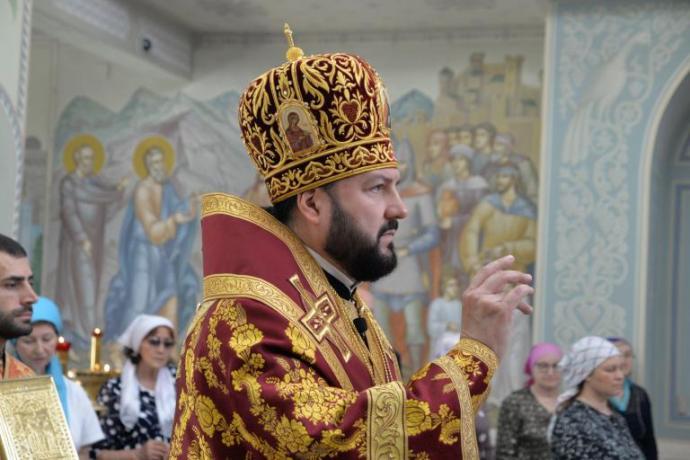 Поздравление архиепископу Леониду от преподавателей Православной гимназии