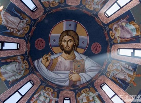В Северной Осетии расписывают Аланский Успенский мужской монастырь