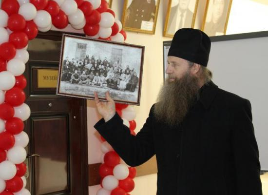 История Ардонской духовной семинарии представлена в экспозиции школьного музея