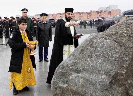 Во Владикавказе состоялась закладка памятного камня на месте строительства нового комплекса Северо-Кавказского суворовского военного училища