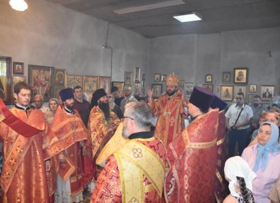 Архиепископ Леонид возглавил престольные торжества храма святого мученика Иоанна Воина