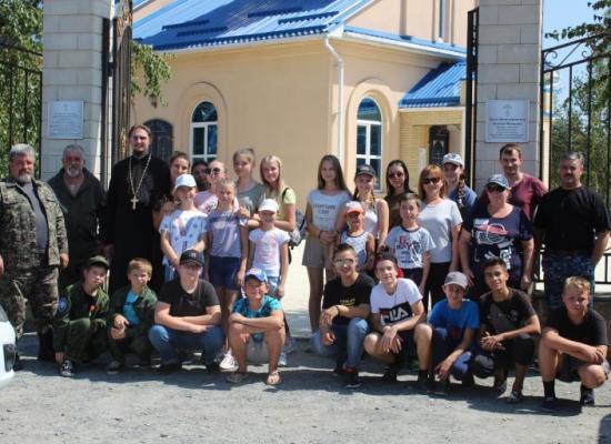 Воспитанники воскресной школы и казачата ст. Луковской сходили в поход