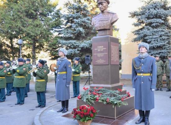 Во Владикавказе состоялось открытие памятника дважды Герою Советского Союза генералу армии И.А. Плиеву