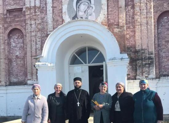 В Казанском храм с. Тарское состоялось праздничное богослужение