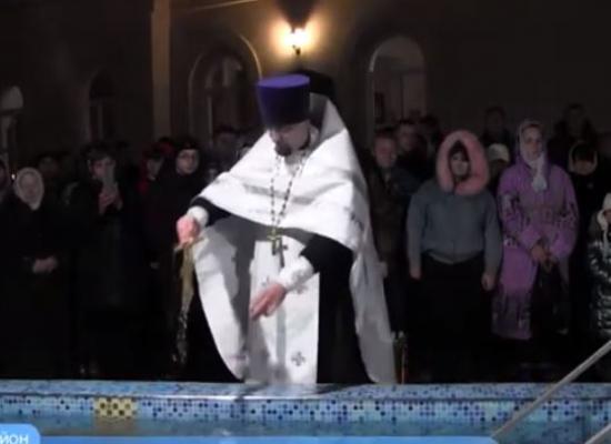 В ст. Луковской прошли крещенские купания