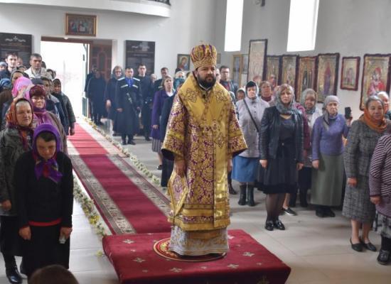 В неделю 5-ю Великого поста архиепископ Леонид совершил Божественную литургию в храме св. Александра Невского ст. Архонская