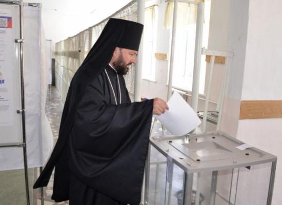 Архиепископ Владикавказский и Аланский Леонид принял участие в голосовании по поправкам к Конституции РФ