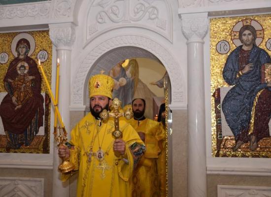В восстановленном храме святого князя Владимира впервые состоялось архиерейское богослужение