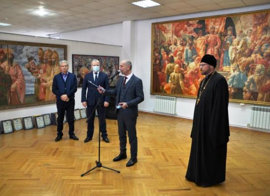 Во Владикавказе состоялось открытие выставки второго художественного конкурса «Алания: образы прошлого»