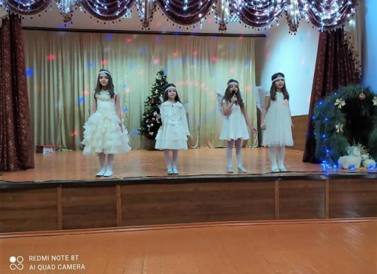 Праздничное Рождественское представление прошло в Ардонской школе №1
