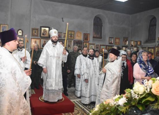 В канун праздника Крещения Господня архиепископ Леонид совершил всенощное бдение в храме Иоанна Воина
