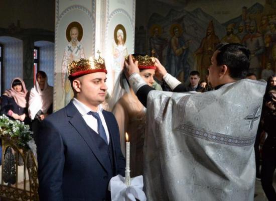 В храме святого князя Владимира впервые было совершено Таинство венчания