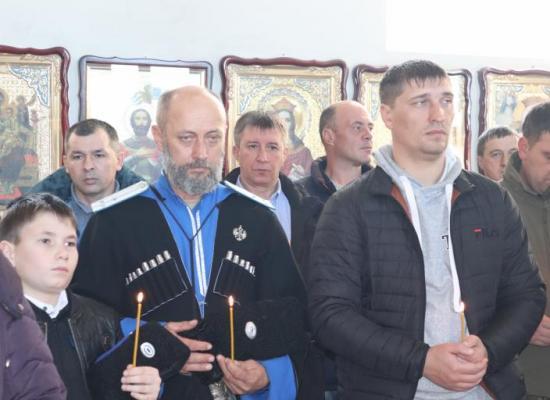 В Осетии прошли панихиды по жертвам геноцида казачества