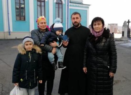 Клирики Осетинской церкви провели благотворительную акцию по случаю праздника Рождества Христова
