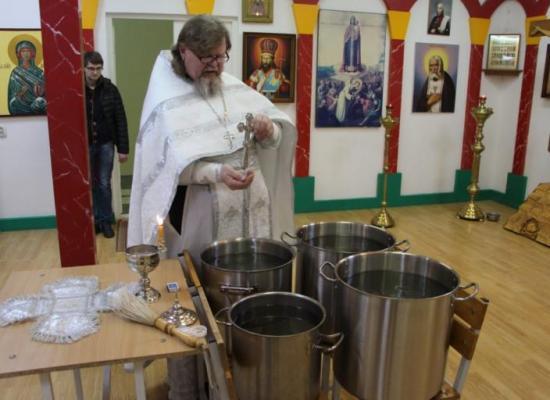 Праздничное богослужение прошло в войсковом храме на территории 4-ой военной базы в Южной Осетии