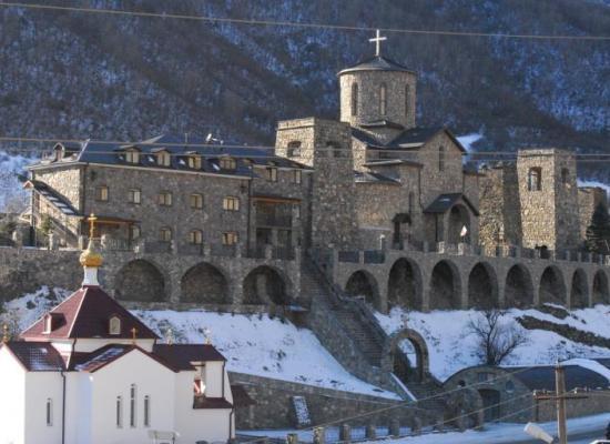 Поздравление архиепископа Леонида по случаю праздника Иверской иконы Божией Матери
