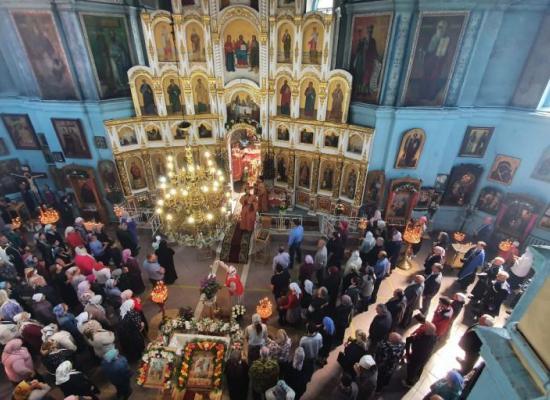 В день памяти Георгия Победоносца праздничные богослужния прошли в храмах епархии