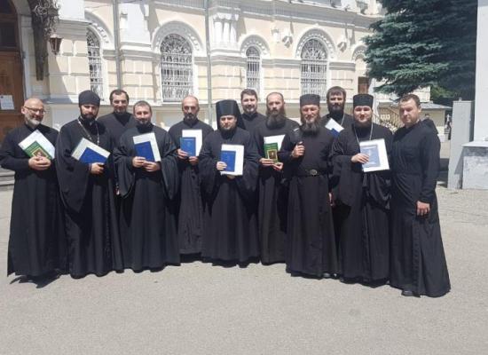 Клирики Владикавказской епархии получили дипломы Ставропольской духовной семинарии