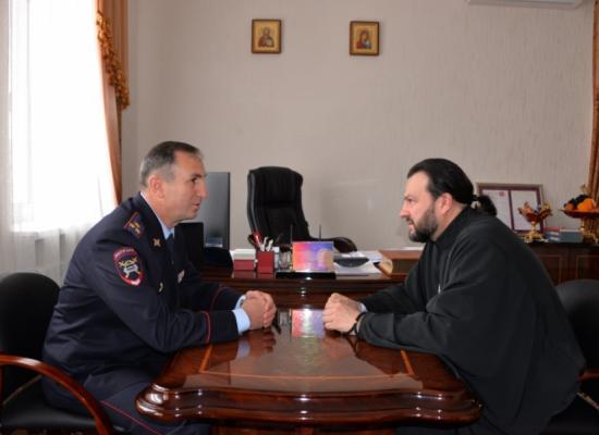 Состоялась рабочая встреча епископа Леонида с начальником ГИБДД МВД по РСО-Алания Х.И. Бекузаровым