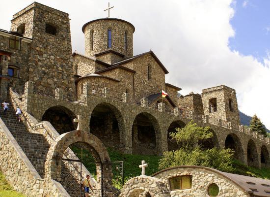 Епископ Леонид возглавит престольные торжества в Аланском Успенском мужском монастыре