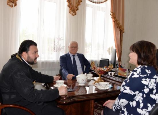 Епископ Леонид обсудил вопросы сохранения исторических памятников