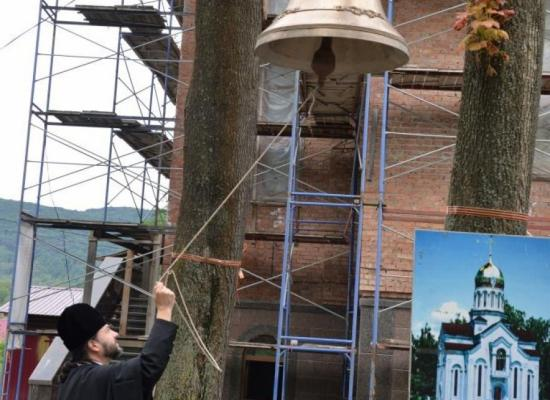 Епископ Леонид осмотрел строящийся храм святого мученика Иоанна Воина