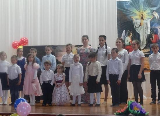 Воспитанники воскресной школы с. Виноградное показали пасхальный концерт