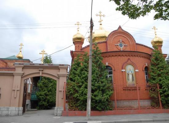 Архиепископ Леонид совершит Божественную литургию в храме Покрова Пресвятой Богородицы
