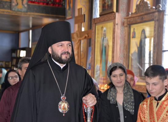 В неделю Антипасхи епископ Леонид совершил Божественную литургию в храме Рождества Пресвятой Богородицы г.Владикавказа