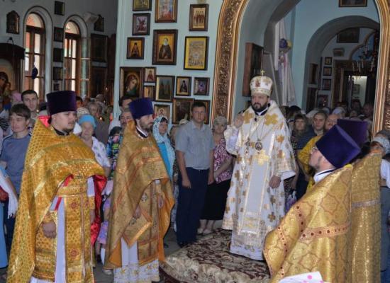 Архиепископ Леонид возглавил престольный праздник Ильинского храма