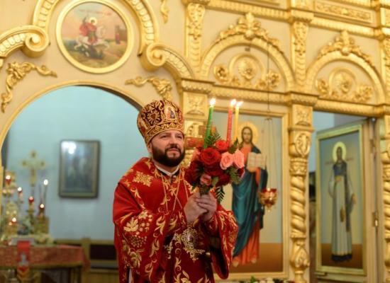 В праздник Светлого Христова Воскресения архиепископ Леонид возглавил торжественное Богослужение в соборе Георгия Победоносца