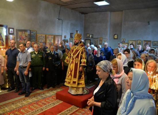 Архиепископ Леонид возглавил престольный праздник храма святого мученика Иоанна Воина