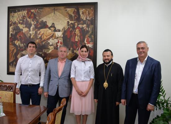 Епископ Леонид обсудил с Главой администрации г. Владикавказа Б. Албеговым вопросы празднования 1100-летия Крещения Алании
