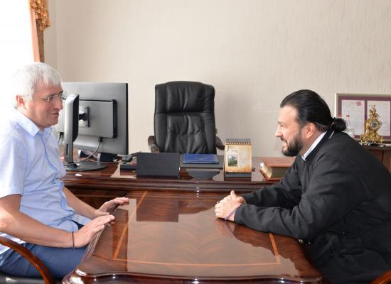 Епископ Леонид встретился с депутатом Госдумы З.Г. Макиевым