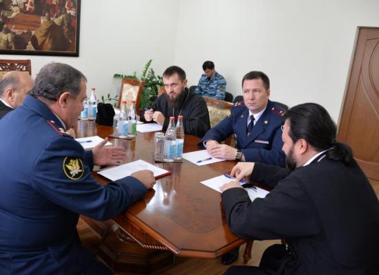 Состоялась встреча епископа Леонида с начальником УФСИН Ю.Г. Емельяновым
