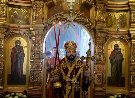 В праздник святых жен-мироносиц архиепископ Леонид возглавил Божественную литургию в храме Рождества Пресвятой Богородицы г. Владикавказа