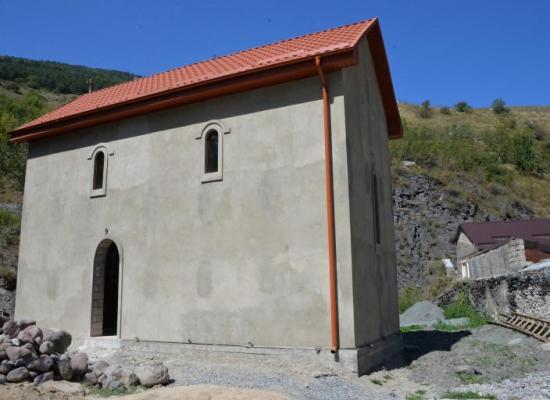Храм святителя и чудотворца Николая, архиепископа Мир-Ликийского, с.Нижний Ларс