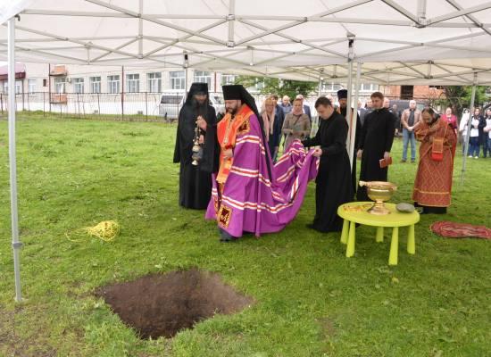 На территории детского дома-интерната «Ласка» заложили храм Матроны Московской