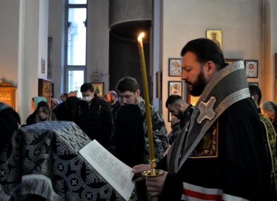 В храмах Владикавказской епархии началось чтение Великого покаянного канона преподобного Андрея Критского