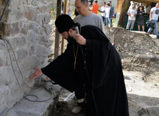Архиепископ Леонид ознакомился с реставрационными работами в Нузальском храме