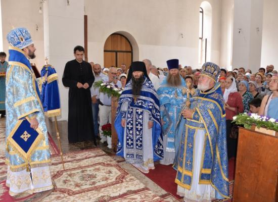 Владыка Леонид возглавил престольный праздник в Аланском Успенском мужском монастыре