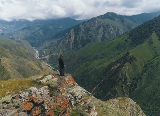 Один день аланского священника. Фильм Алексея Пищулина