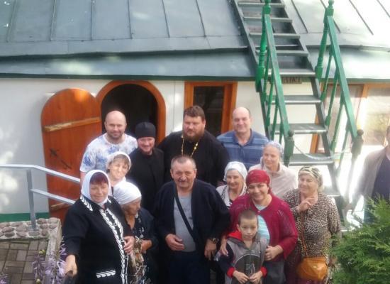 Верующие из Осетии совершили паломничество по монастырям России