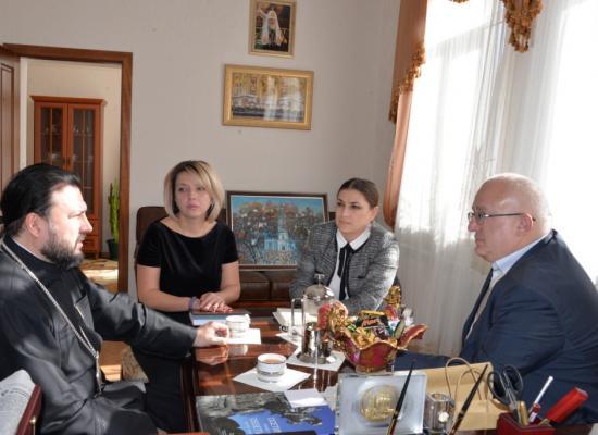 Епископ Леонид встретился с руководителями республиканских СМИ