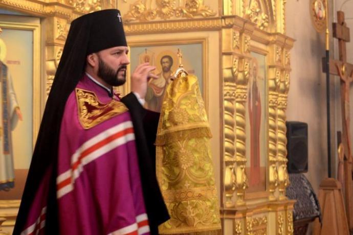 Архиепископ Леонид поздравил верующих Осетии с Пасхой Христовой